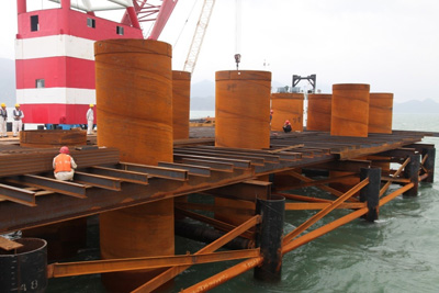 Protection steel tube