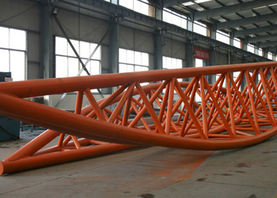 Steel pipe truss structure